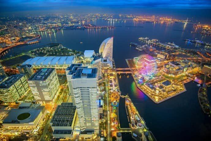 夜景を楽しみながら横浜ディナーを楽しんでみて.jpg