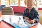 【総特集】出産祝いにおすすめの絵本20選。男の子&女の子が喜ぶプレゼント集 | Smartlog