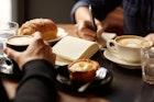 新橋のおすすめカフェ15選。夜ごはんや仕事にも最適な人気の喫茶店とは   Smartlog