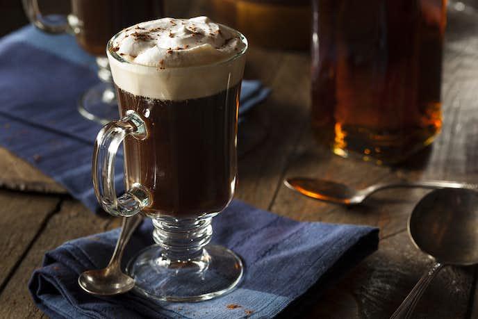 ウイスキーの美味しい飲み方「アイリッシュコーヒー」
