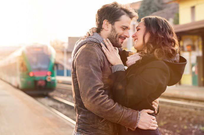 電車内で一目惚れした相手と今後も過ごしてみて.jpg