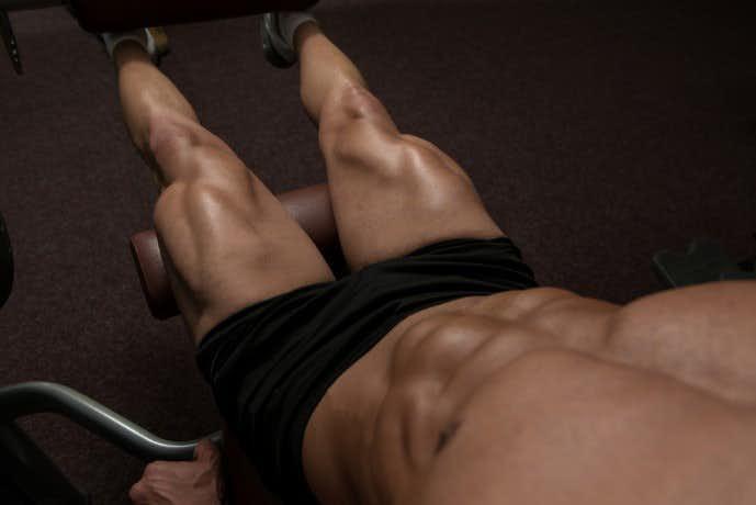 内転筋群を鍛えた男の足