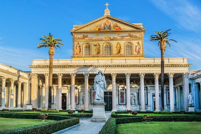 ローマでおすすめの観光地はサン・パオロ・フオーリ・レ・ムーラ大聖堂