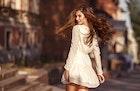 男を魅了する「色気のある女」の特徴。仕草や雰囲気、なり方まで大公開 | Smartlog