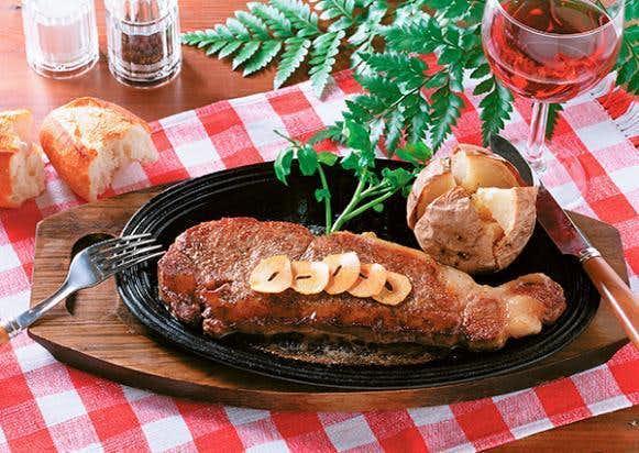 父の日の肉ギフトは宮崎牛のステーキ.jpg