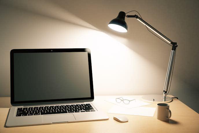 LEDデスクライトのlmやlxとは
