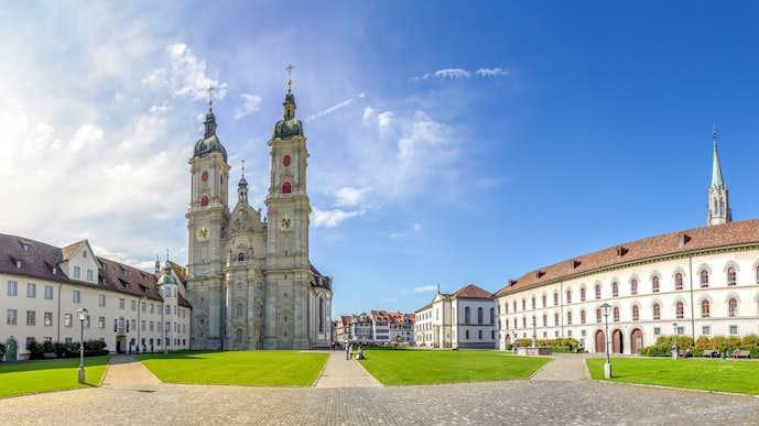 スイスでおすすめの観光地はザンクトガレン修道院
