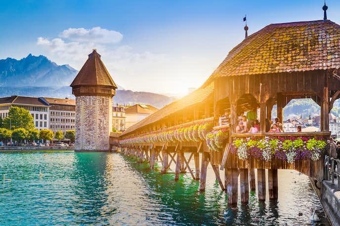 スイスでおすすめの観光地はカペル橋