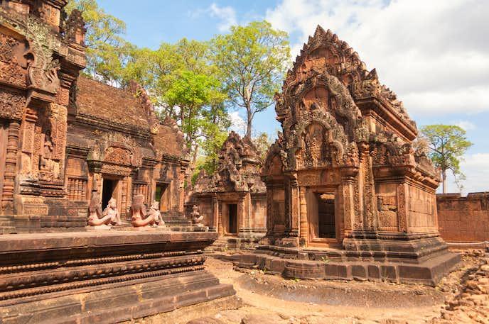 カンボジアでおすすめの観光地はバンテアイ・スレイ