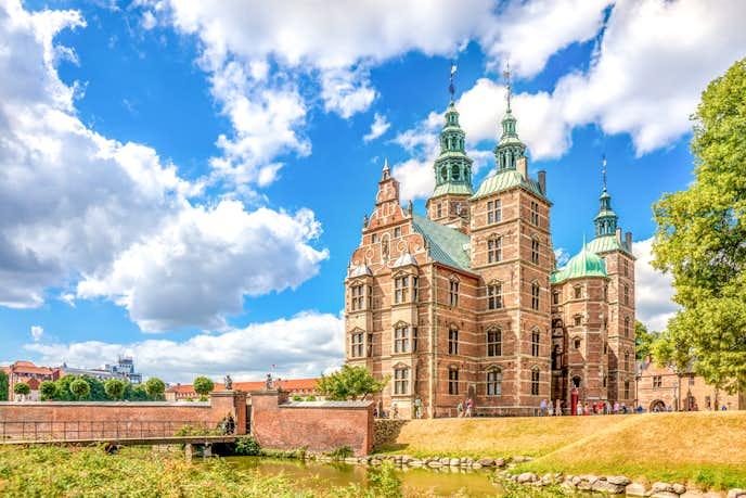 コペンハーゲンでおすすめの観光地はローゼンボー城