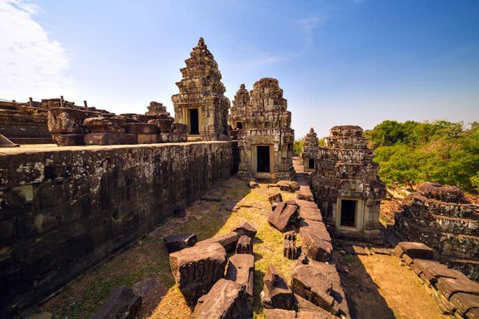 カンボジアでおすすめの観光地はプノン・バケン