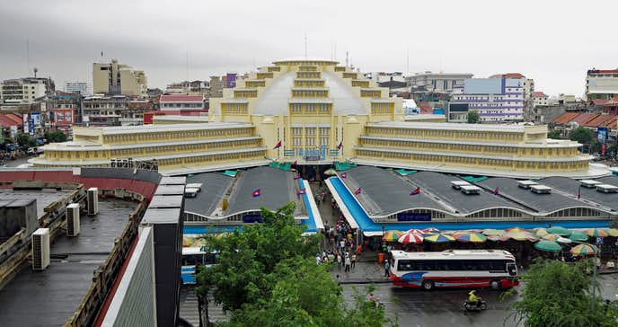 カンボジアでおすすめの観光地はセントラルマーケット