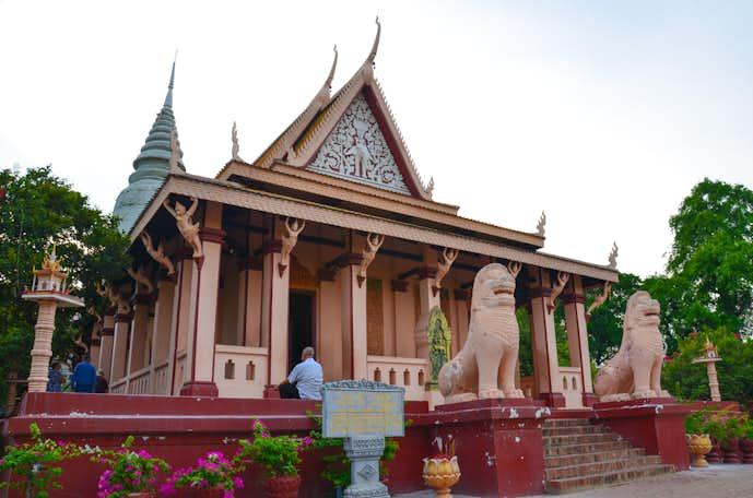 カンボジアでおすすめの観光地はワット・プノン