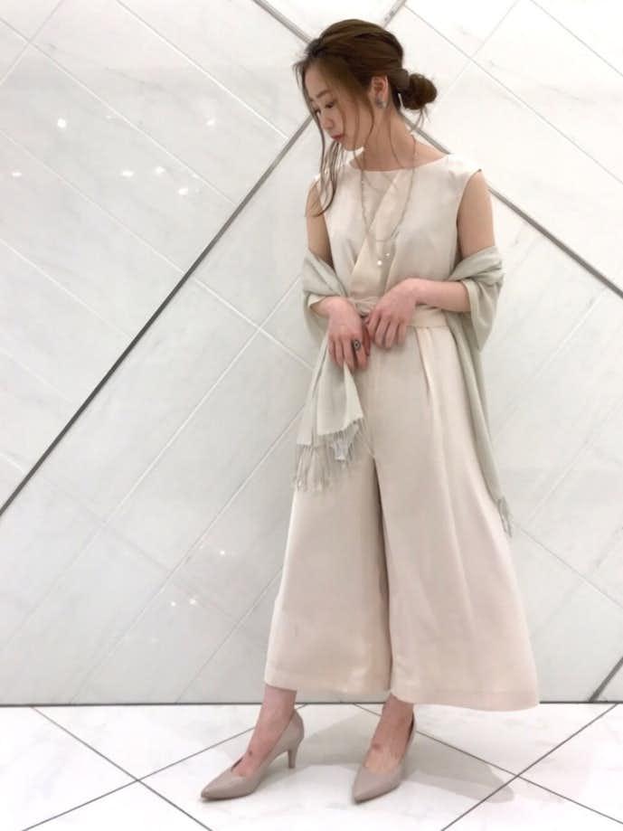 カジュアルな女性のお見合いの服装5