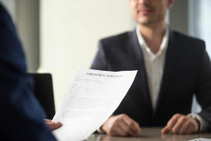 履歴書添削のメリットとデメリット
