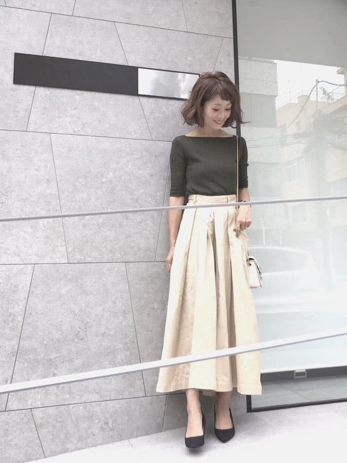 30代女性のお見合いの服装画像2