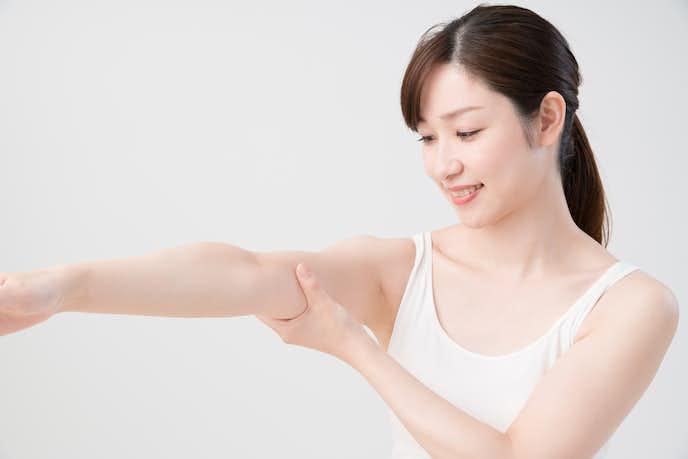 二の腕痩せにおすすめの簡単エクササイズ