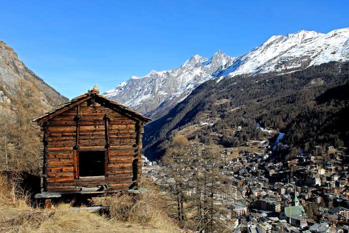 スイスでおすすめの観光地はネズミ返しの小屋