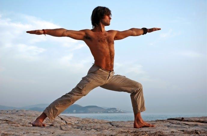 内転筋の効果的なトレーニング『ツイストランジ』