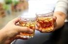コークハイの美味しい作り方とは?割合からおすすめウイスキー銘柄まで解説 | Smartlog