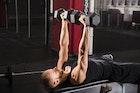 上腕三頭筋のダンベルメニュー8選。腕を太くする効果的な筋トレ種目とは | Smartlog