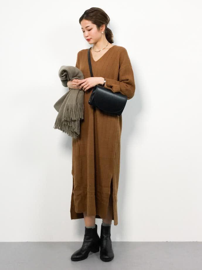 20代女性のお見合いの服装画像4