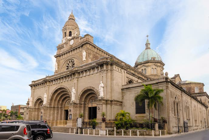 マニラでおすすめの観光地はマニラ大聖堂