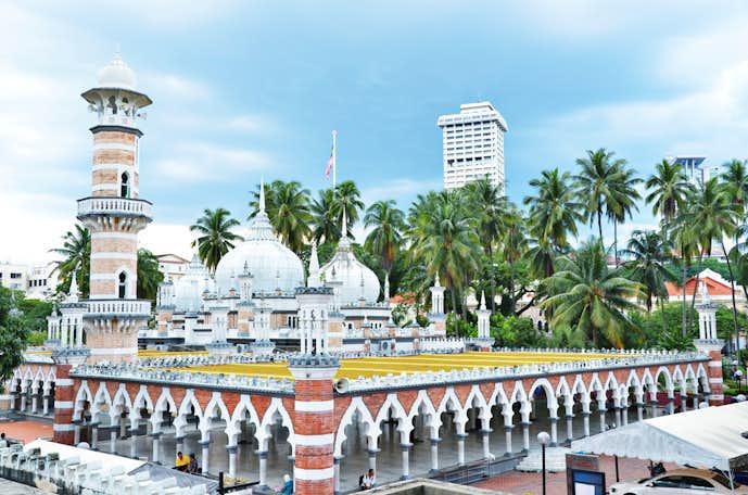 クアラルンプールでおすすめの観光地はマスジットジャメ(旧モスク)