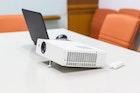 小型モバイルプロジェクターのおすすめ特集2018。室内/屋外で使える機種とは | Smartlog