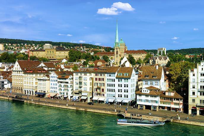 スイスでおすすめの観光地はリンデンホフの丘
