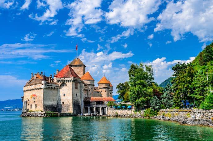 スイスでおすすめの観光地はシヨン城