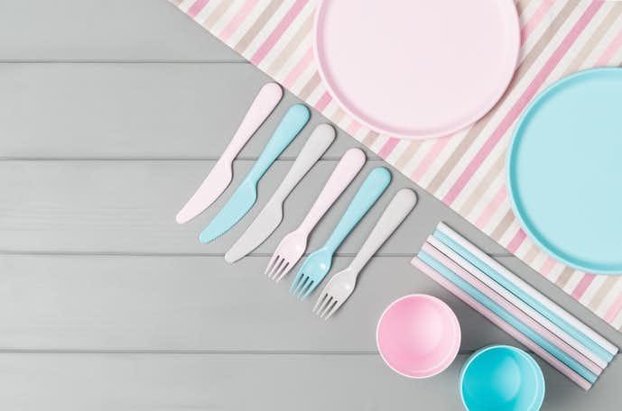 出産祝いのプレゼントにおすすめの食器を大公開