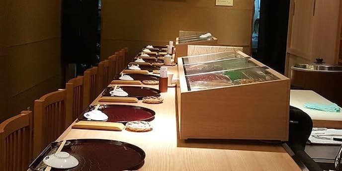 銀座でおすすめのデートディナーは鮨と豆腐料理 あい田 本店