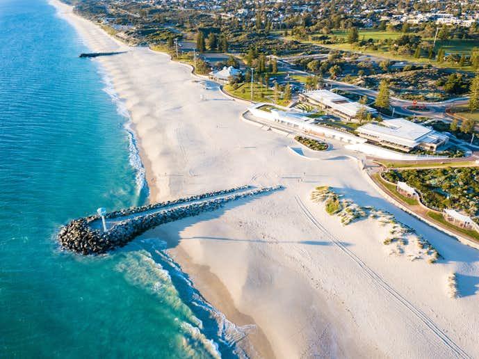 パースでおすすめの観光地はシティビーチ