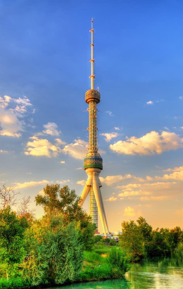 ウズベキスタンでおすすめの観光地はタシュケント・タワー