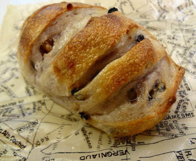メゾンイチ 代官山のおすすめメニューはクルミトカレンズのパン