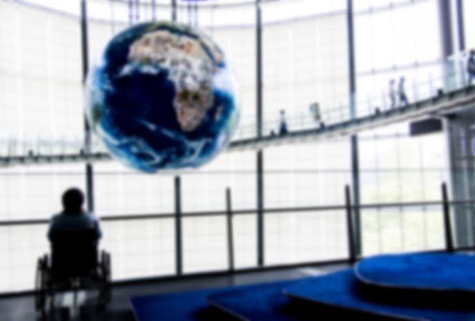 お台場でおすすめの観光地は日本科学未来館