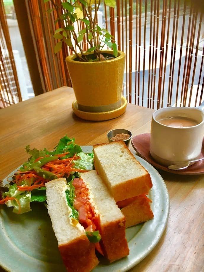 池袋西口のおすすめカフェ.jpg