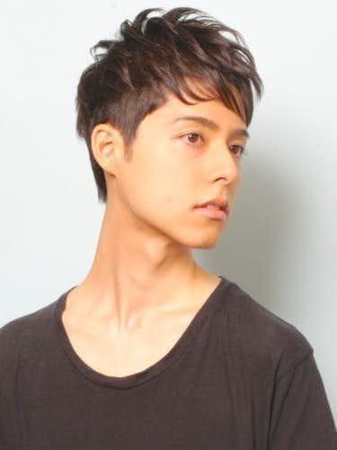 2018年流行りのメンズ髪型、ツーブロックショート
