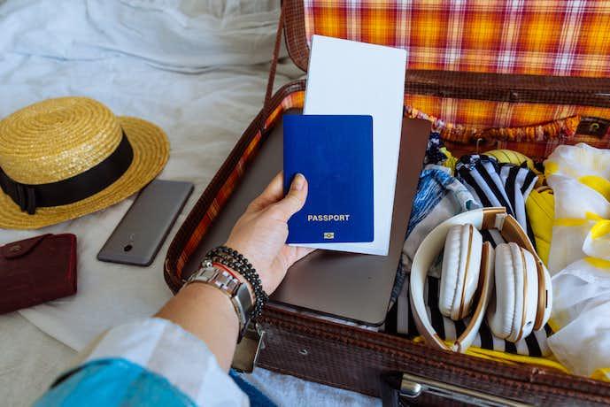 パスポートケースの正しい選び方