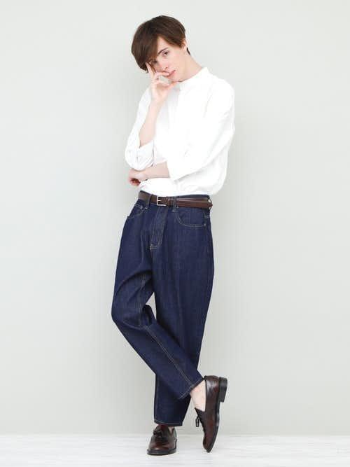 夏服のトレンド白シャツを使ったおしゃれ定番コーディネート