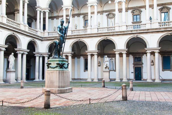 ミラノでおすすめの観光地はブレラ絵画館