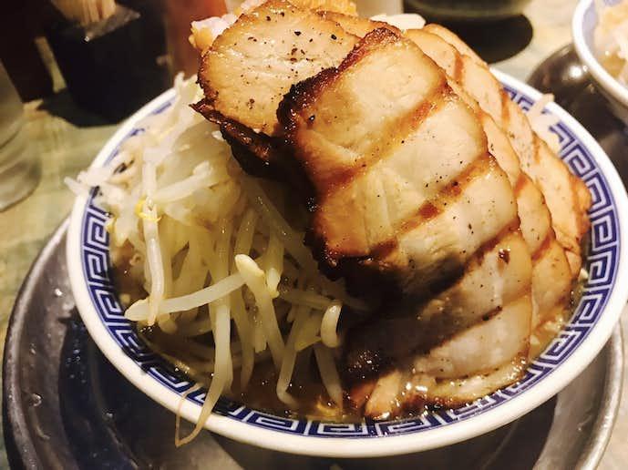 麺屋こうじの大人気二郎系ラーメン