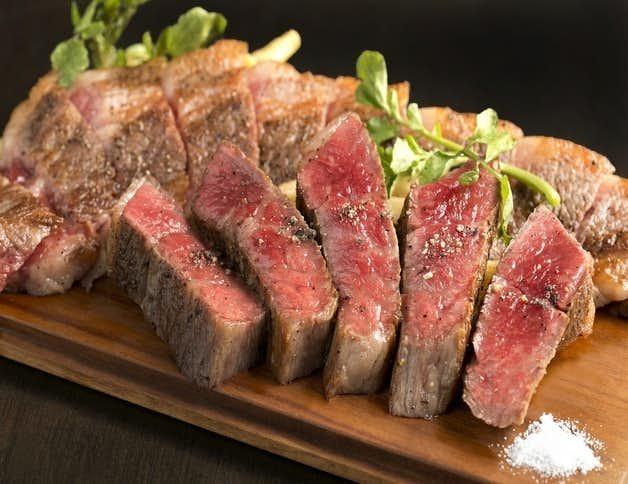 お肉を楽しむなら、「肉ビストロ&クラフトビール ランプラント」