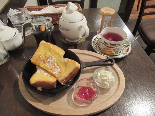 多奈加亭のおすすめメニューはフレンチトーストセット