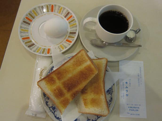 パーラーキムラヤのおすすめメニューはモーニングコーヒー・トースト・ゆで卵のセット