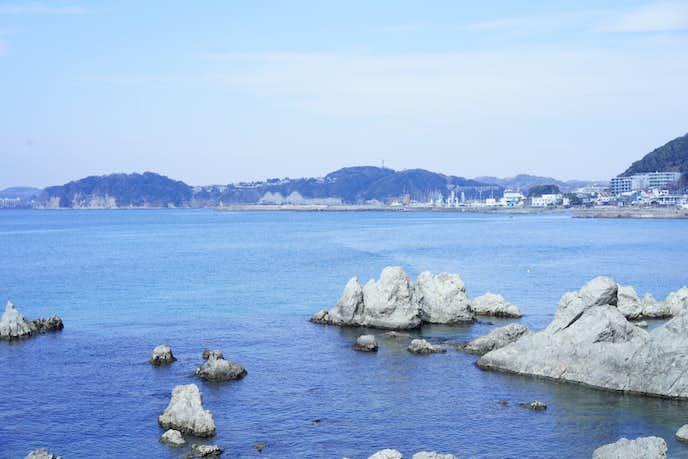 葉山でおすすめの観光地は森戸海水浴場