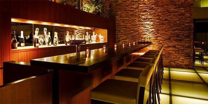 品川でおすすめのデートディナーはバブルズバー【ストリングスホテル東京インターコンチネンタル】