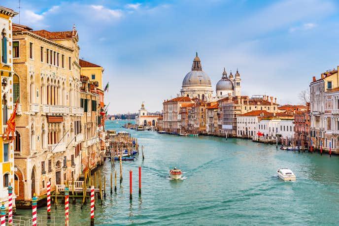 ベネチアでおすすめの観光地はカナルグランデ大運河