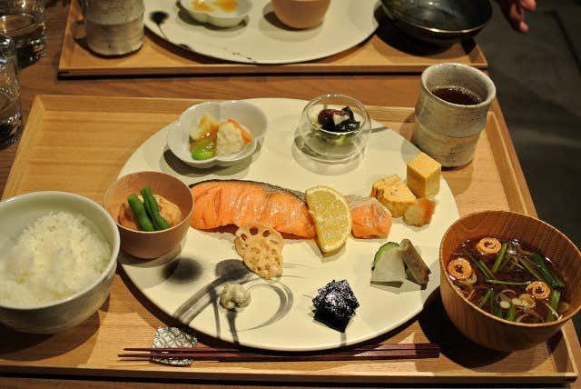 ザックバラン (ZAKBARAN)のおすすめメニューは和食モーニング